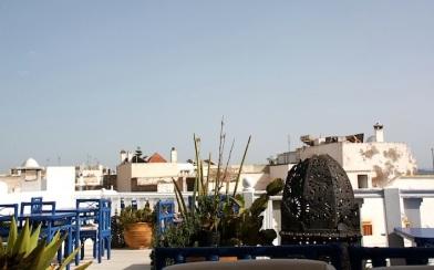 il tetto di uno dei tanti ristoranti della Medina