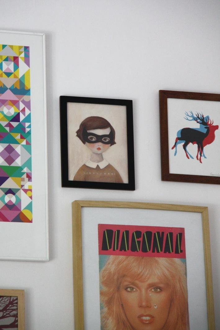 stampe alle pareti del Café Cometa