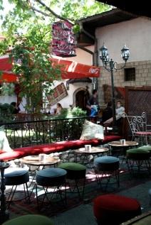 caffè con divani, nella Baščaršija