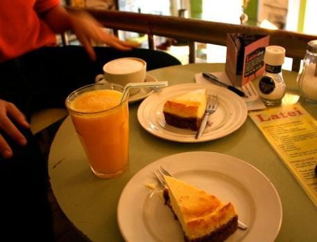 cheesecake e succo d'arancia, colazione perfetta!