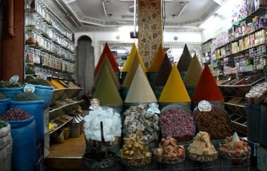 il sūq delle spezie nella Mellah
