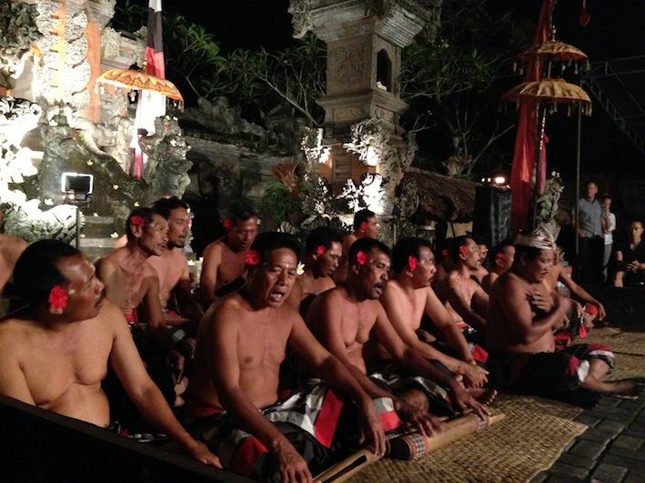 la danza Kecac a Ubud