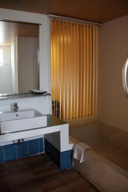 il bagno del Montra Resort