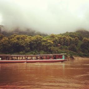mattina di nebbia a Pakbeng