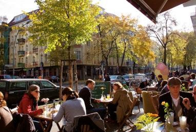 uno dei tanti café della zona
