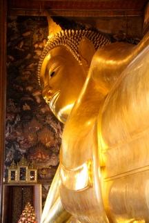 15 metri di statua