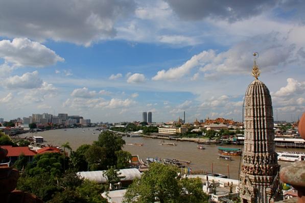 la vista dall'alto del Wat Arun