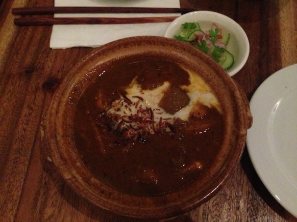 il curry di patate e pomodoro